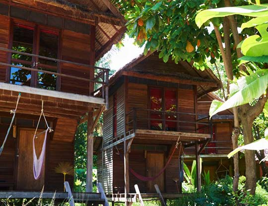 castaway-breezy-garden-bungalow-thailand