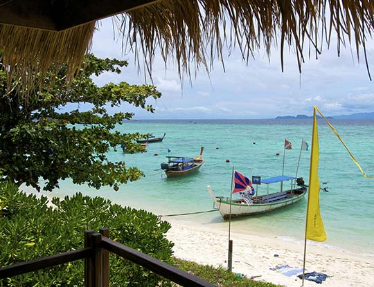 koh-lipe-resort-castaway-big-breezy-bungalows-balcony-view